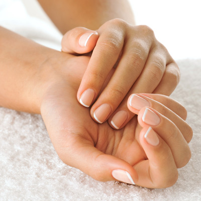 8-Ways-to-Keep-Your-Nails-Healthy-01-pg-full.jpg