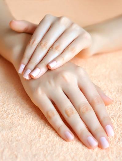 healthy-strong-nails.jpg