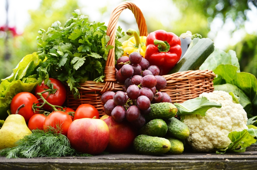 bigstock-Fresh-Organic-Vegetables-In-Wi-47214697.jpg